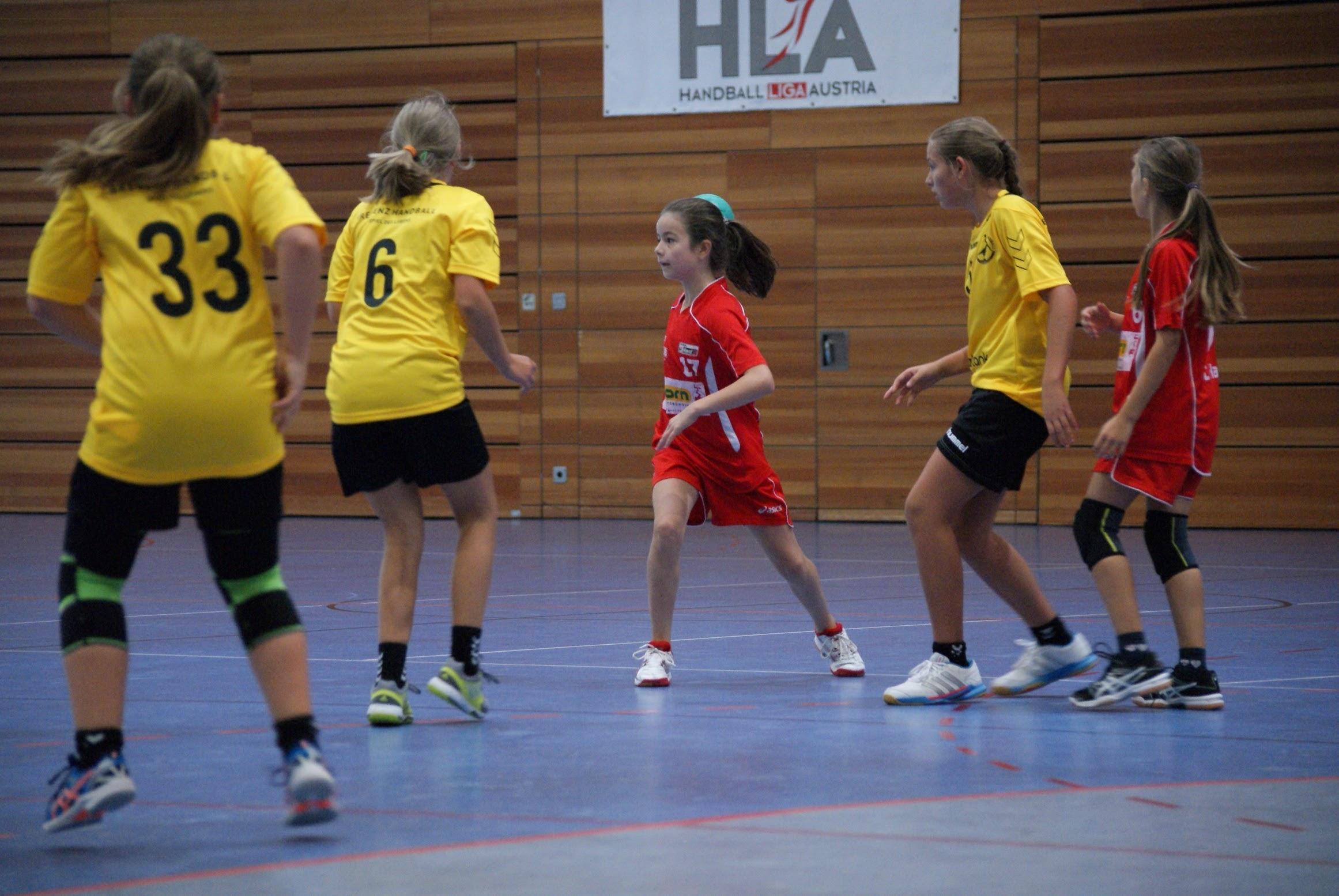 Weibliche U14 siegt im Doppelpack | ALPLA HC Hard - Die